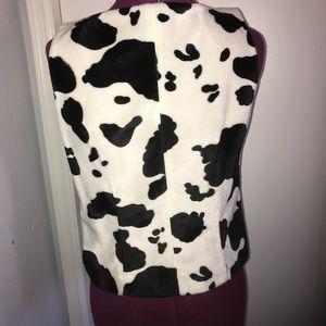 Karen Kane Tops - Karen Kane size 10 Cow Print Faux Fur Side Zip Top